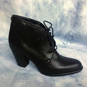✨NWOT Stuart Weitzman Leather Ankle Boots Size 7.5